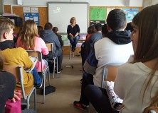 Nou article a la revista: L'escriptora Pilar Garriga visita l'institut